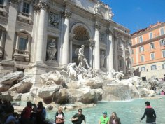 The Trevi Fountain!
